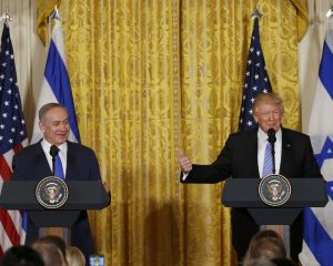 Netanyahu calls for regional approach to making peace during appearance with Trump